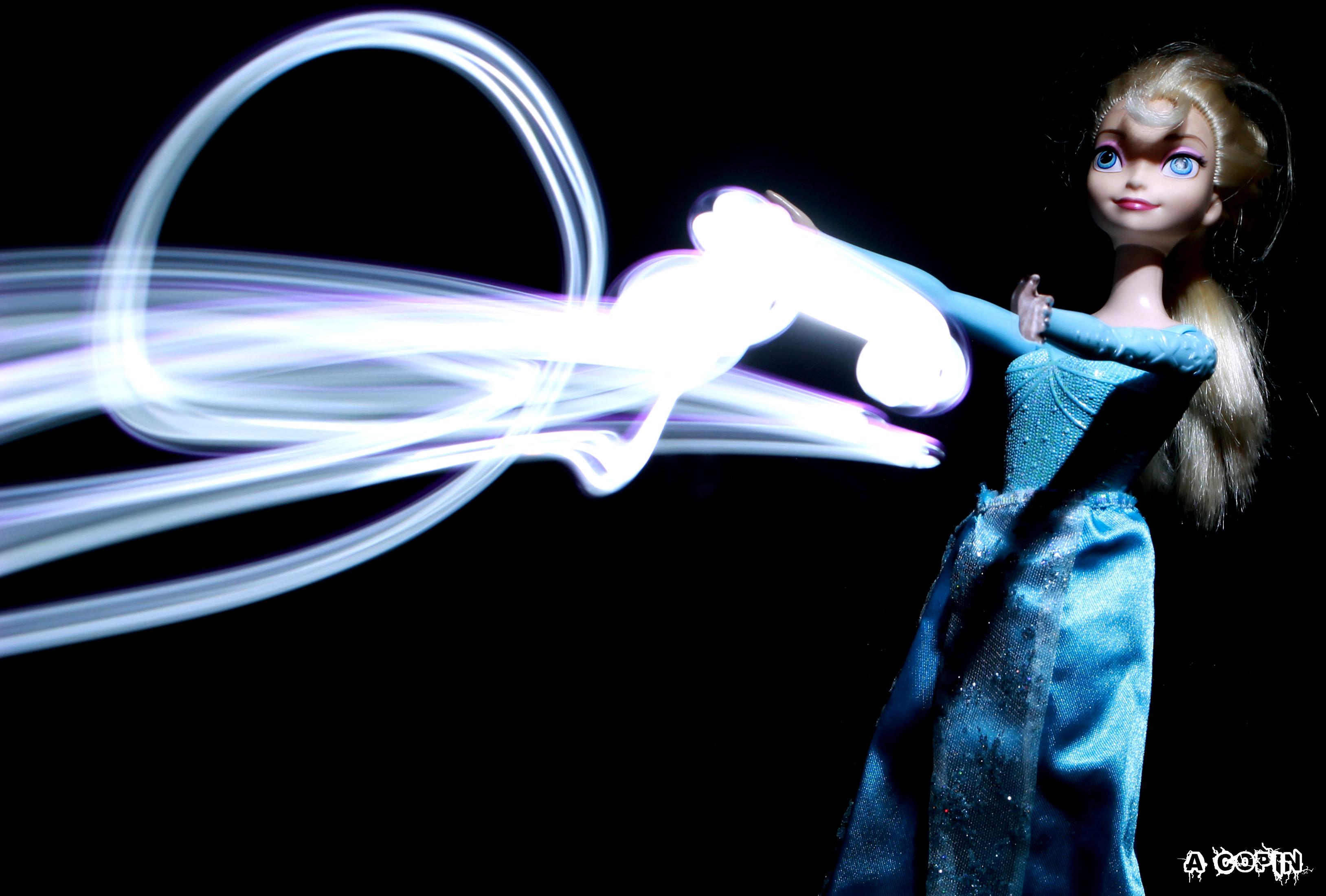 Elsa v1 lightning drawing